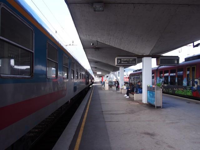 リュブリャナ発ブダペスト行き列車