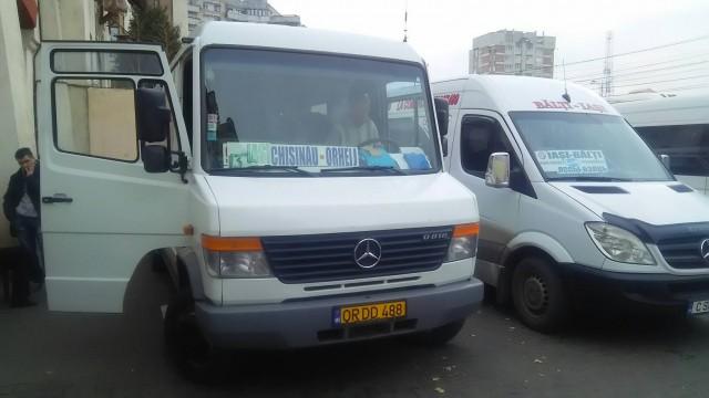 Mini bus from Romania to Moldova